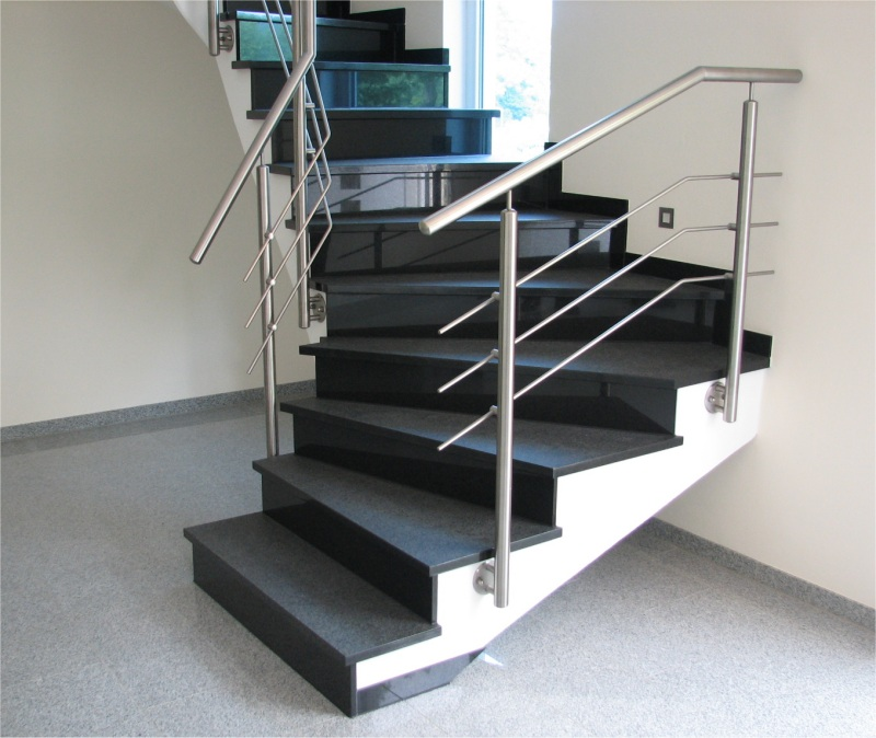 pr kah trittstufen setzstufen aus naturstein nach. Black Bedroom Furniture Sets. Home Design Ideas